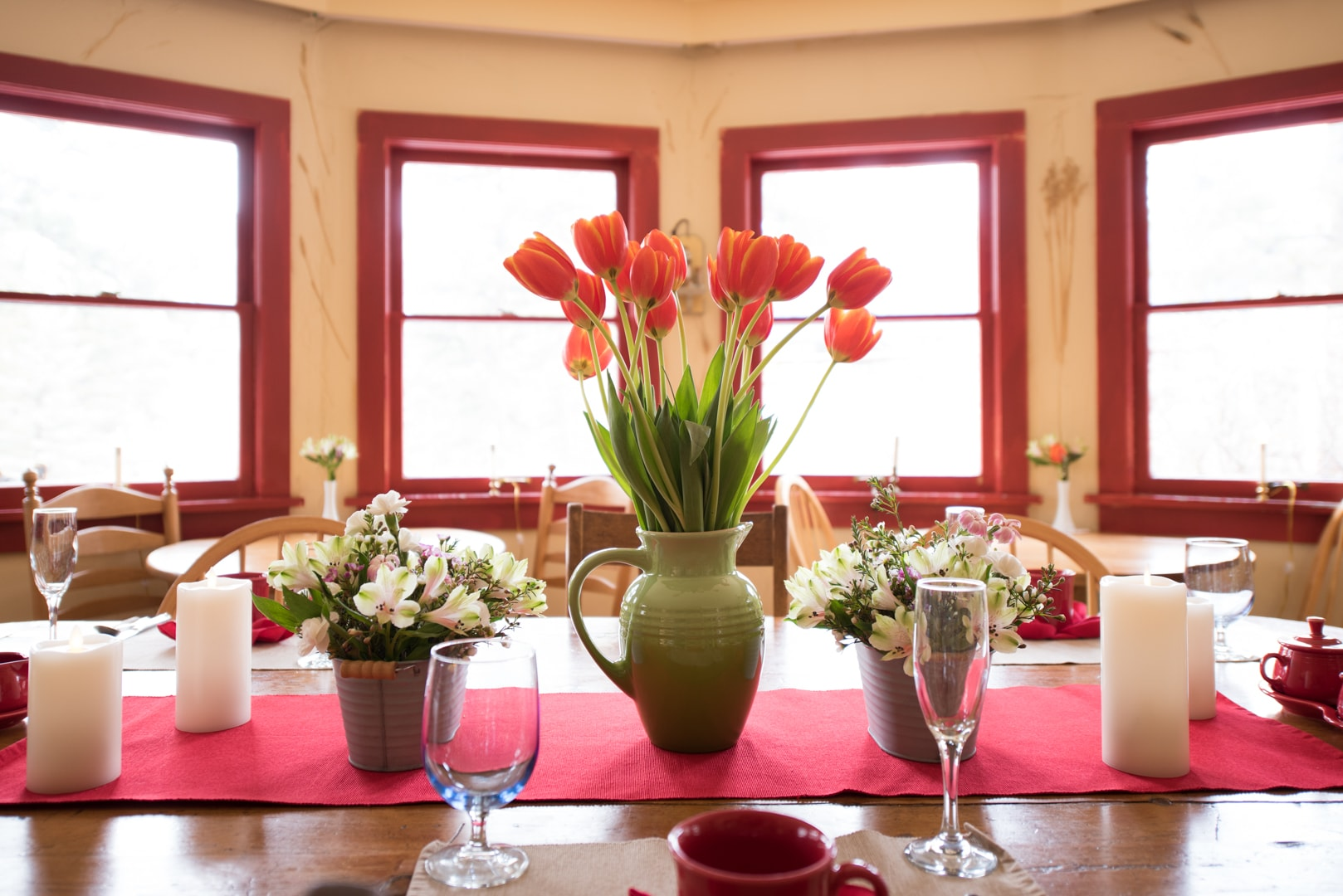 flowers decorate the dining table