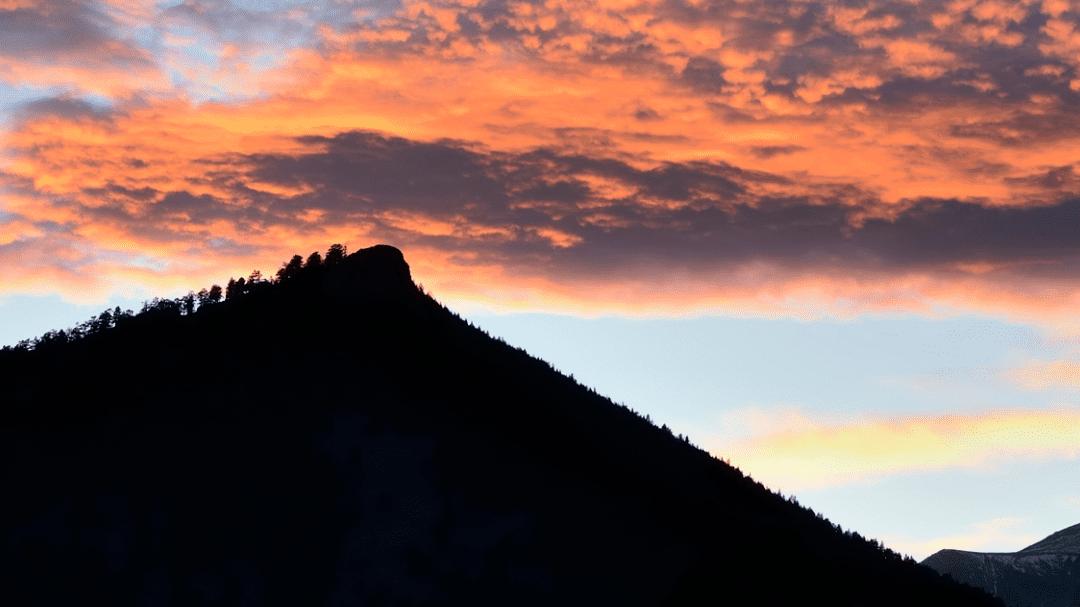 Romantic RiverSong Sunset Estes Park Colorado
